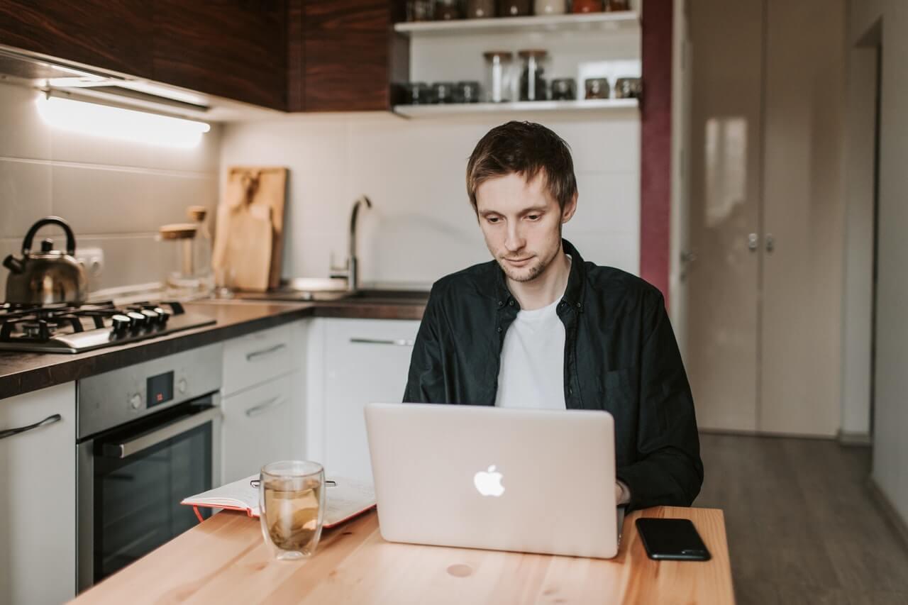 16 טיפים על גיוס עובדים מרחוק וביצוע ראיון וירטואלי